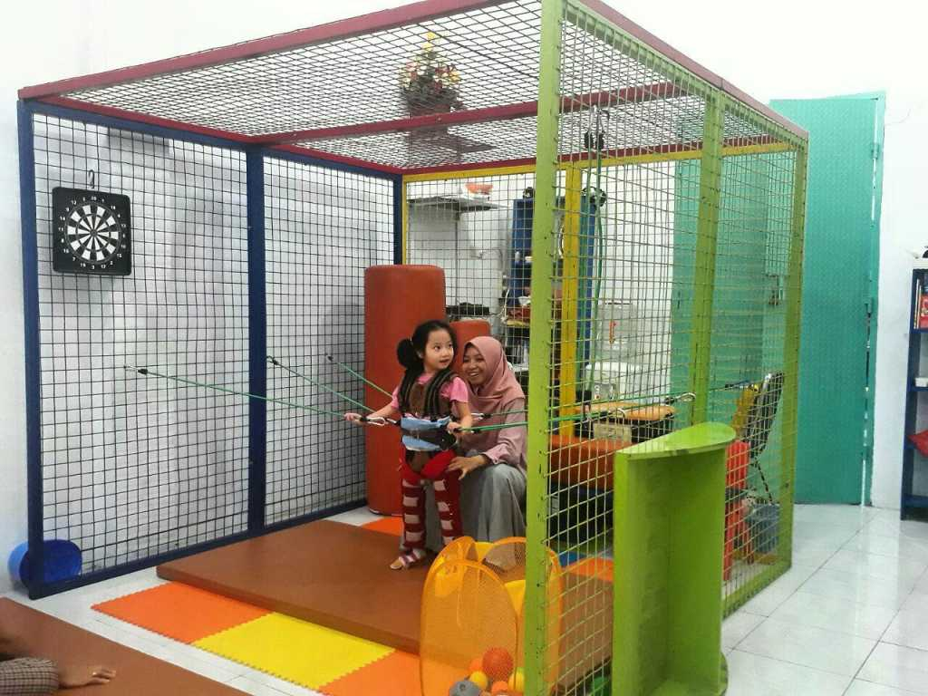 Neurosuit dan catrol cage therapy