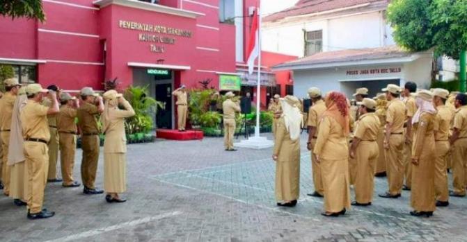 Pimpin Apel Pagi Ini Pesan Camat Tallo Untuk Seluruh Jajaran Stafnya Makassar Terkini