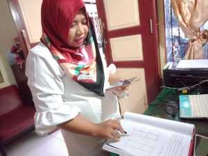 Penerima Pelayanan (PP) di dalam Balai Rehabilitasi Sosial Penyandang Disabilitas Fisik (BRSPDF) Wirajaya Makassar tetap tekun dan bersemangat belajar serta mengikuti layanan keterampilan.
