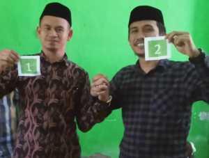 Dua calon kepala desa Tambangan Kecamatan Kajang Kabupaten Bulukumba siap menyukseskan pesta demokrasi, Kamis 5 Maret 2020.