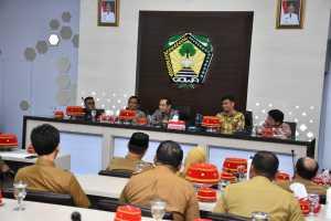 Wakil Ketua Komisi Pemberatasan Korupsi (KPK),  Nurul Ghufron melakukan kunjungan kerja di Kabupaten Gowa dan diterima langsung oleh Bupati Gowa, Adnan Purichta Ichsan di Baruga Karaeng Pattingalloang, Selasa 3 Maret 2020.