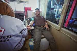 Pj Makassar lakukan donor darah di tengah wabah Covid-19