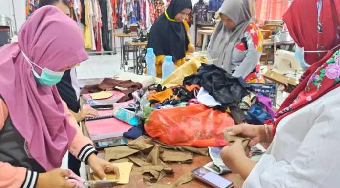 Siasat Penyandang Disabilitas di Makassar Produksi Masker Atasi Kelangkaan di Tengah Wabah Corona