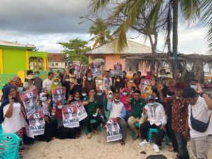Warga Pulau Liukang Siap Menangkan Kacamatayya
