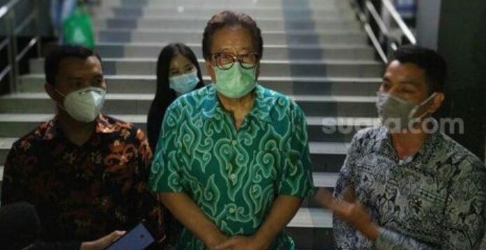 Mantan pembaca berita televisi,Dalton Ichiro TanonakamelaporkanHarjani Prem Ramchandke Polda Metro Jaya.