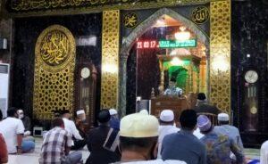 Imam Shamsi Ali Tausiah di Masjid Nurul Mu'jizat Kompleks Kejaksaan