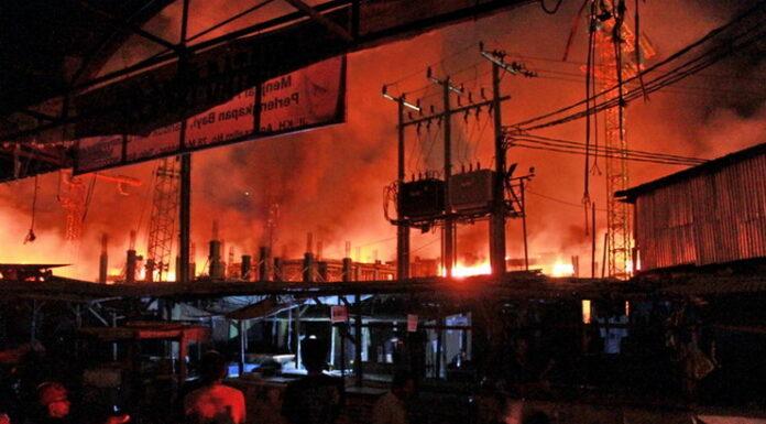 Berjibaku Tiga Jam, Kebakaran di Kantor BPOM Jakarta Berhasil Dipadamkan